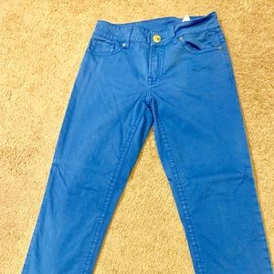 💙blue jeans💙must go- accepting offers